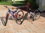 Four bikes to explore the area (photo shows only two; three for adults, one for a kid)