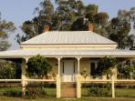 Glen Falloch Farm Cottage, NE Victoria