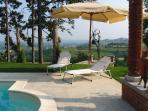 Tenuta Morgnano: Garden with pool