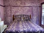 Bedroom 1 queen 1 single