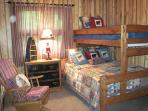 THE BEARY COZY ROOM...bunk-room