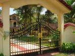 Entrance to Casa de Jardin