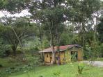 Cabina Colibri-Hummingbird Cabin-Alajuela Province