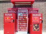 Movie rentals ar Red Box, Lago Vista Shopping Center