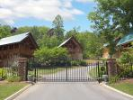 Lazy Bear Luxury Gated Sherwood Forest Resort