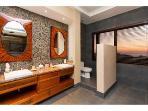 The 'Grand Master' bathroom.