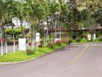 entrance to Makaha Valley Towers