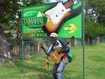 Reggae Walk  2 mins from condo