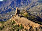 The Roque Nublo from top