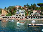 Sea front 'Villa Celeste' for rent in Levanto Liguria Italy