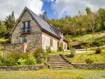 HIRAETH, pet friendly, luxury holiday cottage, with a garden in Dolau, Ref 4455