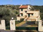 Villa Fouli - stoned villa with swimming pool