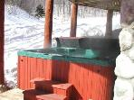 Private hot tub for six people overlooks the Schuss Mountain Ski Hill
