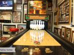 Shuffle Bowling--Free Play