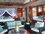 Pool Suite - Interior