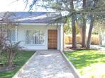 Nice village with garden and pool near Madrid