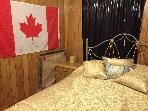 cozy second bedroom. Ofcourse queen bed!