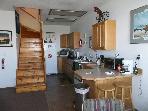 Common area & kitchen