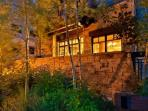 Arrowleaf Lodge