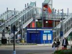 Instant transport link - Royal Victoria DLR station - two minutes from our Apt - 20 mins to central