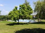 Le verger - La piscine du propriétaire mise à disposition - un havre de paix en pleine nature