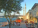 Beylerbeyi Harbour  (walking distance)