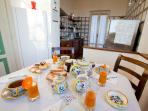 Pinturicchio charming vacation rental in Umbria - The living room with fire place
