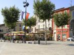village square in Villeneuve les beziers