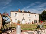 La Belle Echappee (The Beautiful Escape) Magnificent 5 Star Rated Manor House, Heated Pool, WIFI