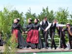Breton dancing