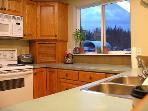 ELKHORN MOUNTAIN RANCH: Fully equipped kitchen