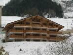 Modern apartment close to lifts and Chatel centre
