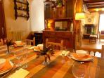 Comedor apartamento La Buhardilla