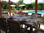 Your own dining in the sun