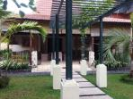 Joglo Villa - 400sqm Villa as your perfect Long Stay Hut!