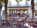 Cafe Colonnes in town