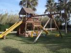 parque infantil dentro de la urbanizacion
