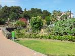 vue de l`interieur de Parc La Paloma en Benalmadena