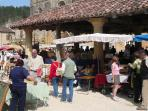 Brocantes in Cadouin Market Place