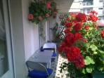 Chic Sunny apartment/terrace 1 minute from beach