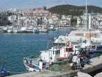 Puerto de la Duquesa by day