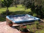 The jacuzzi tub in the garden
