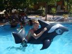 Fun & games in the pool !