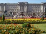 Nearby attraction: Buckingham Palace