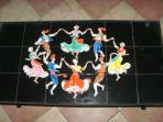 Sardane dancing coffee table!