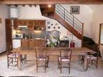 La salle de séjour (cuisine américaine)