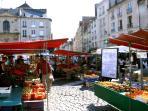 Le marché de Caen (15 kms)