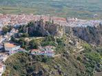 Vista aérea de Salobreña y el castillo