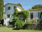 JdV Holidays Villa Lavande, charming old villa in peaceful location without pool