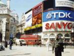 Leicester Square - 15mins from Apartment